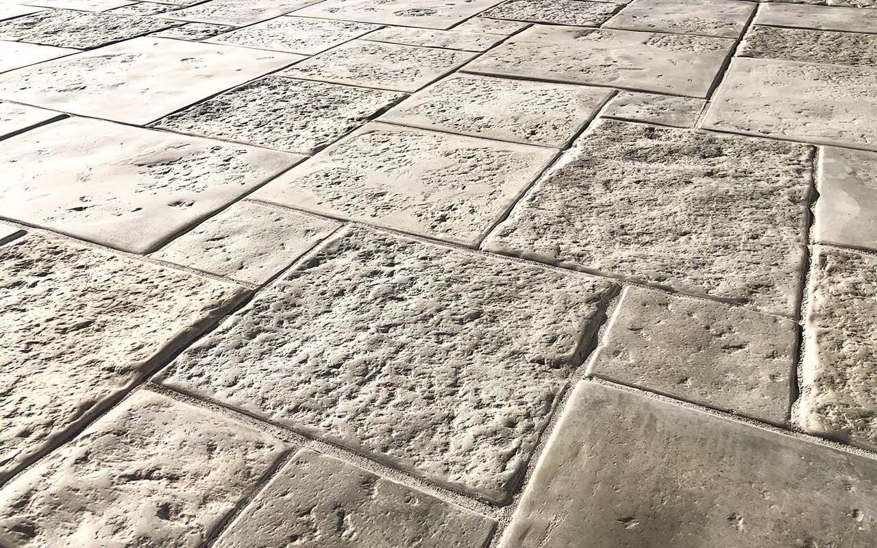 kameni oplocnik laveno